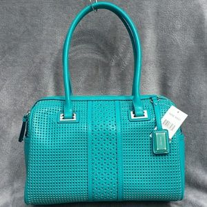 NWT! NINE WEST TURQUOISE FAUX LEATHER LARGE TOTE